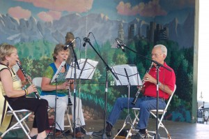 The Hill Country Clarinet Trio performs at Scholz Garten, TCMF 2010